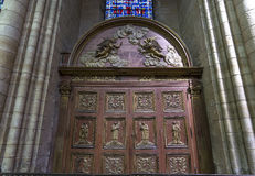 Domkyrkahelgon Gervais Saint Protais i Soissons, Frankrike Royaltyfri Fotografi