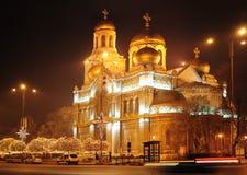 Domkyrkan av antagandet i Varna, Bulgarien royaltyfria foton