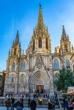 Domkyrkan av det heliga korset och helgon Eulalia, också som är bekanta som den Barcelona domkyrkan, i Spanien arkivfoton