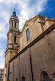 Domkyrkan av frälsaren eller laen Seo de Zaragoza är en Roman Cat royaltyfria bilder