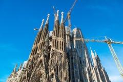 Domkyrkan av La Sagrada Familia av arkitekten Antonio Gau arkivfoton