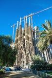 Domkyrkan av La Sagrada Familia av arkitekten Antonio Gau arkivfoto