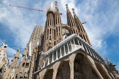 Domkyrkan av La Sagrada Familia av arkitekten Antonio Gaudi, Catalonia, Barcelona Spanien - Maj 15, 2018 arkivbild