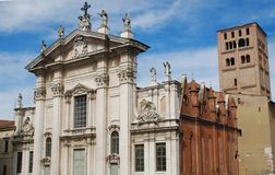 Domkyrkan av Mantova royaltyfri bild