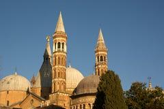 Domkyrkan av Sant Antonio da Padova arkivfoto
