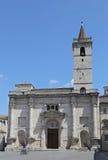 domkyrkan av St Emidio i den Arringo fyrkanten Arkivfoton