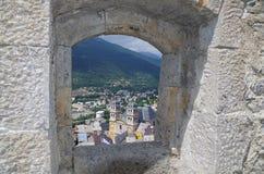 Domkyrkan eller Collegiallen Briancon - Frankrike arkivbilder