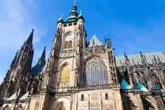 Domkyrkan för St Vitus i den Prague slotten i Prague, tjeckiska Republ Fotografering för Bildbyråer