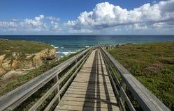 Domkyrkor för landskap för Cantabric kustsommar sätter på land, Lugo, Galicia, Spanien fotografering för bildbyråer