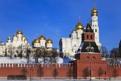 domkyrkor kremlin moscow russia Arkivfoto