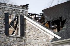 Dommages d'incendie à la maison de luxe images libres de droits