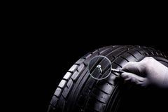 Dommages de pneu Image libre de droits