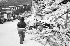 Dommages de tremblement de terre en Pescara del Tronto, Italie Image stock