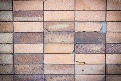 Dommages noirs d'exposition de mur de briques de fond photographie stock libre de droits