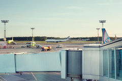 DOMODEDOVO lotnisko DME ROSJA, Maj, - 28, 2017: Domodedovo lotnisko na Maju 28, 2017 w Moskwa, Rosja lotniskowego domodedovo Mosc Zdjęcie Stock