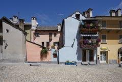 Domodossola historisk italiensk stad Arkivbild