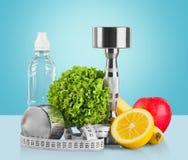 Domoren met het meten van band, groenten en Royalty-vrije Stock Foto