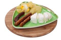 Domowa BBQ kiełbasa z domowej roboty serem i grulami obraz stock