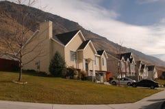 domowa blisko góry Zdjęcie Royalty Free