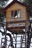 Domowa drzewo huśtawka w Banos De Agua Santa, Ekwador Zdjęcie Stock
