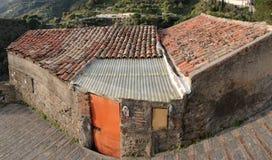 domowa stara biedna dachowa płytka Fotografia Stock
