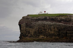 domowe Faroe wyspy zaświecają nolsoy Fotografia Royalty Free
