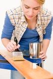 domowego ulepszenia obrazu deski kobieta drewniana Zdjęcie Stock