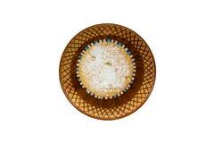 Domowej roboty babeczki na brown ceramicznym spodeczku Zdjęcie Royalty Free