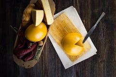 Domowej roboty cakli i krowy ` s ser Obrazy Stock