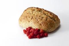 Domowej roboty chleb i malinka Zdjęcia Stock