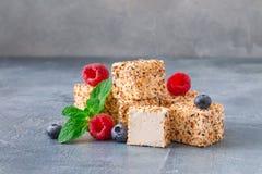 Domowej roboty cukierków, cukierków ` s Gołębi mleko z lub, Fotografia Royalty Free