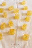 Domowej roboty cytrusa marmalde na pergaminowym papierze Fotografia Royalty Free