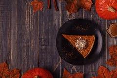 Domowej roboty Dyniowy kulebiak dla dziękczynienia Fotografia Stock