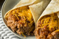 Domowej roboty fasoli i sera Burrito Obraz Stock