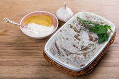 Domowej roboty galaretowy mięso z musztardą i horseradish na stole Holodets Obraz Stock
