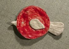 Domowej roboty gliniany ptak Zdjęcie Royalty Free