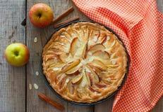domowej roboty jabłczany tort fotografia stock
