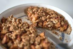 Domowej roboty Jabłczanego kulebiaka deser Zdjęcia Royalty Free