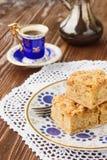 Domowej roboty jabłczany kulebiak i kawa obrazy royalty free