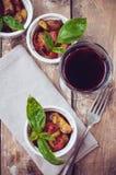 Domowej roboty jedzenie: piec na grillu warzywa Obrazy Royalty Free