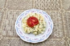Domowej roboty kartoflana sałatka Zdjęcia Royalty Free