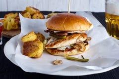 Domowej roboty kurczak kanapka z pieczarkami Fotografia Royalty Free