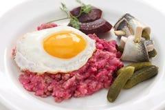 Domowej roboty labskaus, Północna Niemcy kuchnia zdjęcia stock