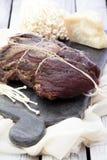 Domowej roboty leczący mięso Capocollo Wysuszona lecząca wieprzowina Coppa Starzejący się wieprzowiny mięso Charcuterie zdjęcia royalty free