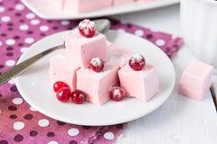 Domowej roboty marshmallow z cranberries Obrazy Stock