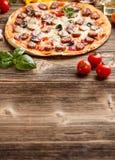 Domowej roboty pizza Obrazy Royalty Free