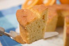 Domowej roboty pomarańcze tort Zdjęcia Stock