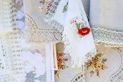 Domowej roboty roczników tablecloths w rynku otwartym Zdjęcie Royalty Free