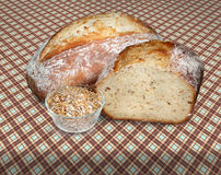 Domowej roboty rzemieślnika chleb Zdjęcia Royalty Free