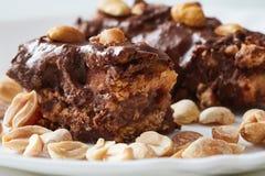 Domowej roboty surowi weganinu czekoladowego cukierku bary Fotografia Stock